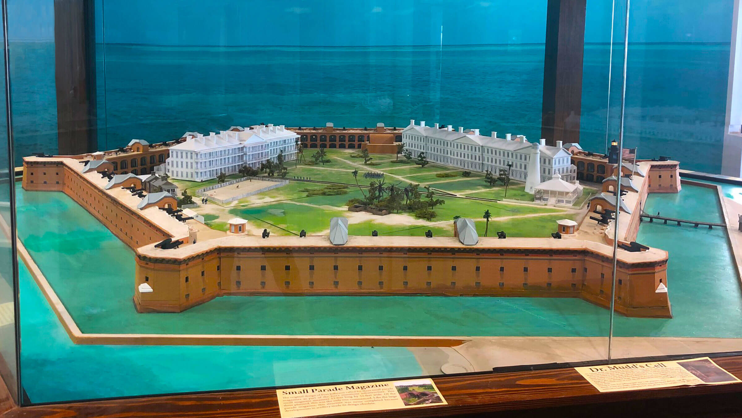 Photo of the Fort Jefferson 3D model on display at the Dry Tortugas Museum - Desktop Version
